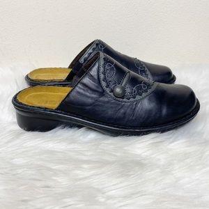 Naot Black Slip On Leather Clogs Size 7